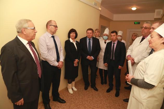 Областная клиническая больница саратов платные услуги